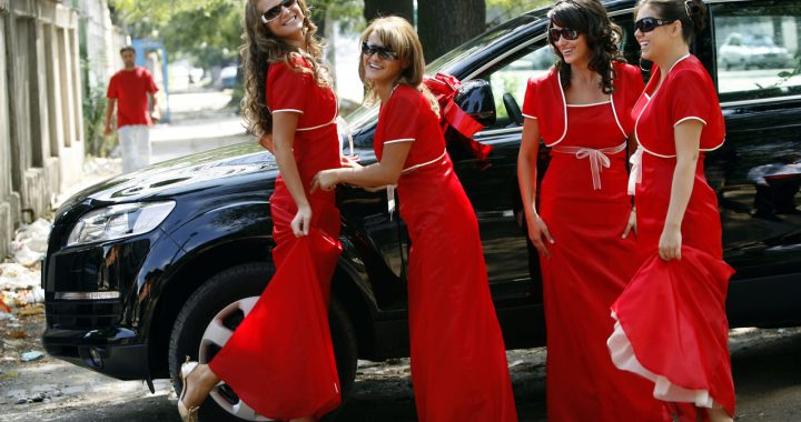Poszukiwana jest sukienka gorsetowa na wesele?
